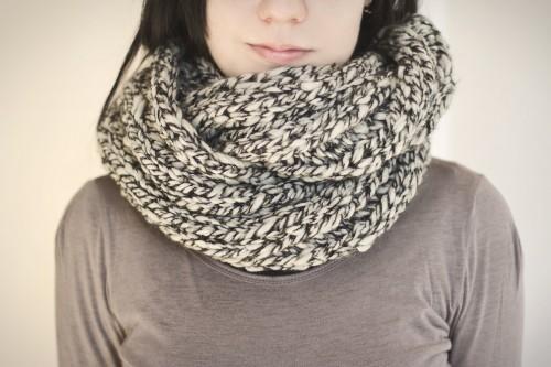calinteya-scarf-2-500x333